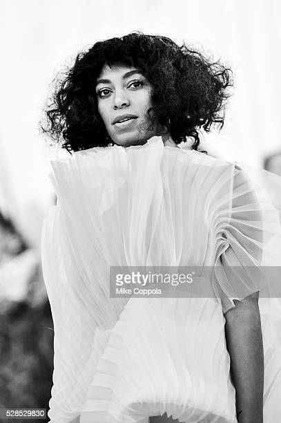 Solange Knowles attends the 'Manus x Machina Fashion In An Age Of Technology' Costume Institute Gala at Metropolitan Museum of Art on May 2 2016 in...