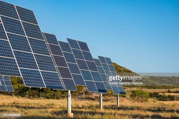 solar cells - steuerpult stock-fotos und bilder