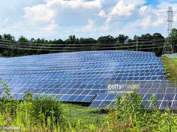 solar farm - north carolina amerikaanse staat stockfoto's en -beelden