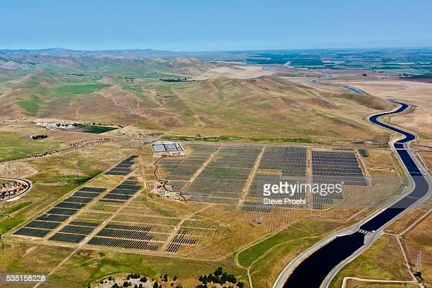 solar farm - マーセド郡 ストックフォトと画像