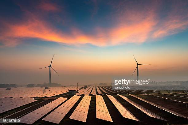solar power plant - fuel and power generation stock pictures, royalty-free photos & images