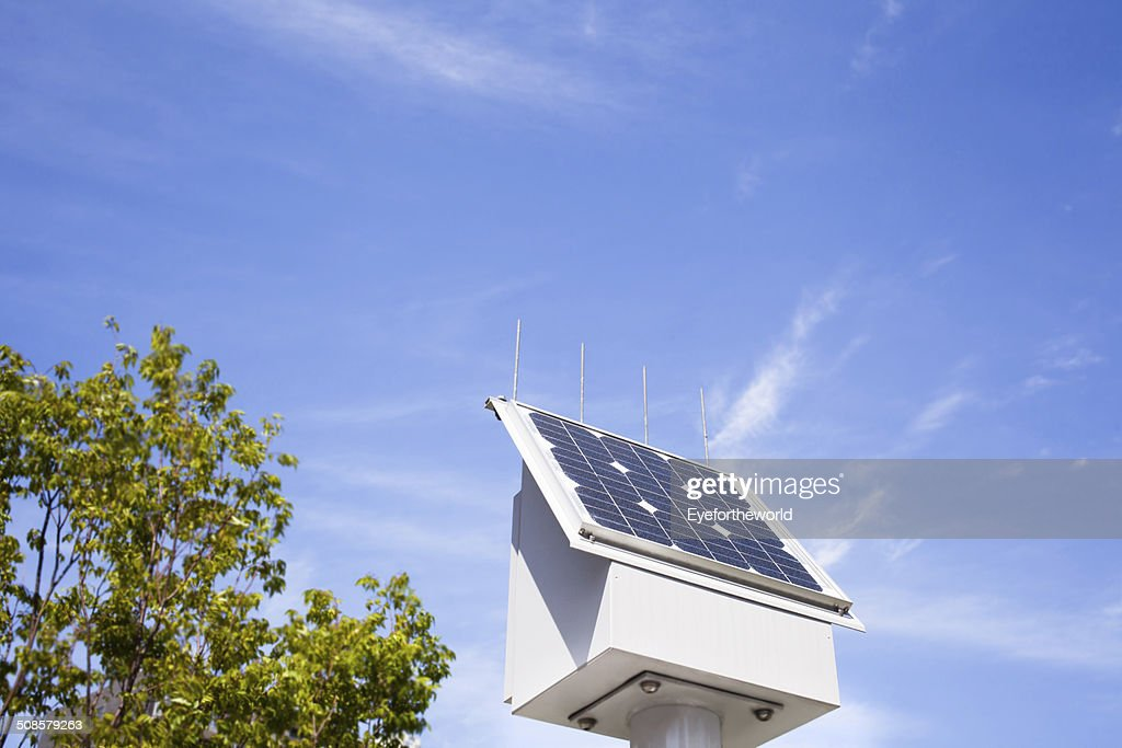 Solar power with clear-blue skies : Bildbanksbilder