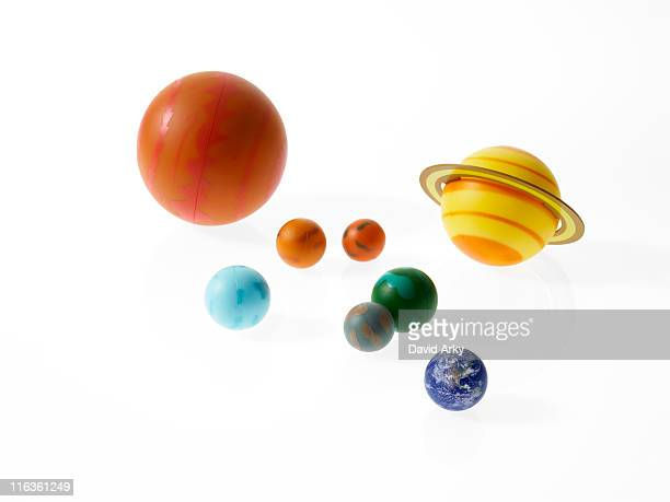 solar system planets on white background - sistema solar fotografías e imágenes de stock