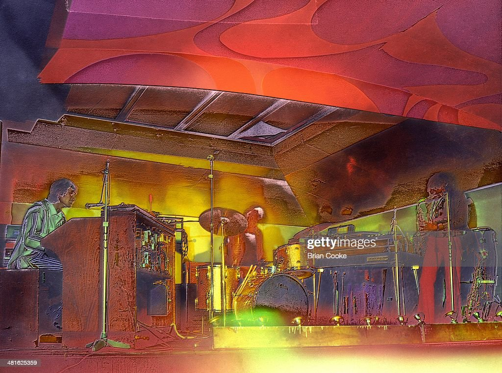 Traffic With Their Psychedelic Light Show : News Photo