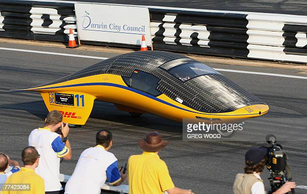 Solarworld No. 1, an entry from the Fh bochum Solar Car Team of Germany completes a qualifying lap at the World Solar Challenge in Darwin, 20 October...