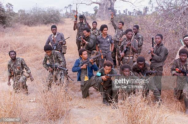 Soldats of MPLA in Angola in 1975 MPLA Popular Movement for the Liberation of Angola