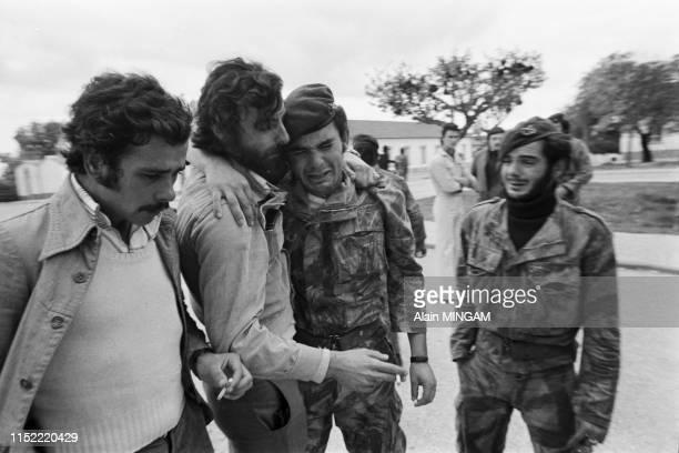 Soldats portugais à leur retour d'Angola après l'indépendance du Pays, Lisbonne, novembre 1975, Portugal.