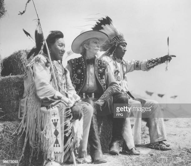 US soldier and showman Buffalo Bill Cody with two Native Americans circa 1915
