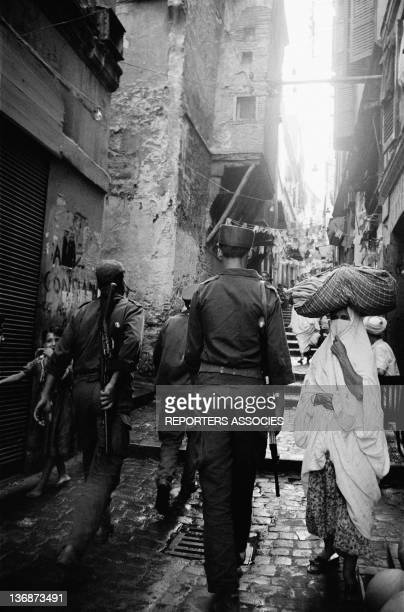 Soldier of the National Liberation Army in a street of Algiers Algeria two months after the Independence on September 5 1962 in AlgiersAlgeria
