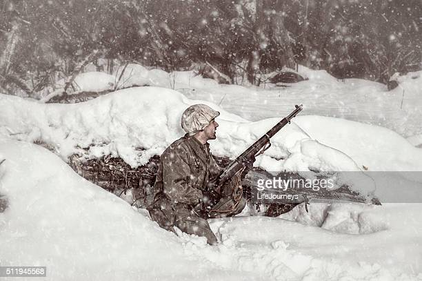 wwii us soldier scouting the way forward - life in the trenches stock pictures, royalty-free photos & images