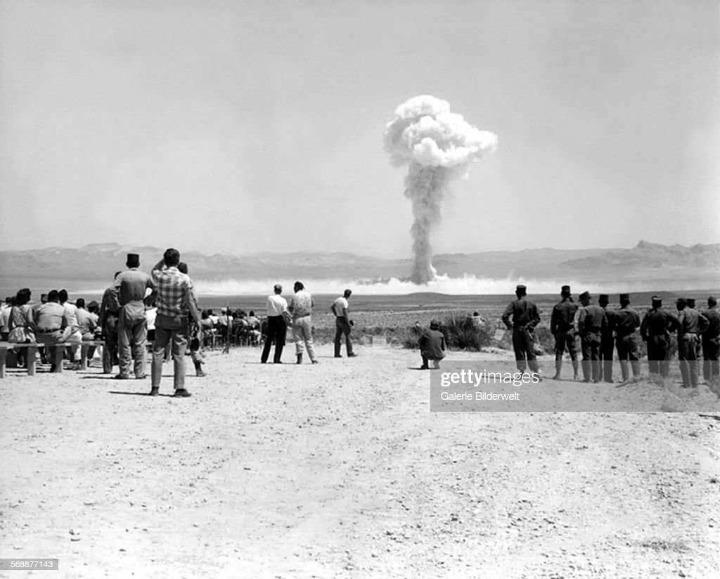 Nuclear Test USA - Sunbeam : News Photo