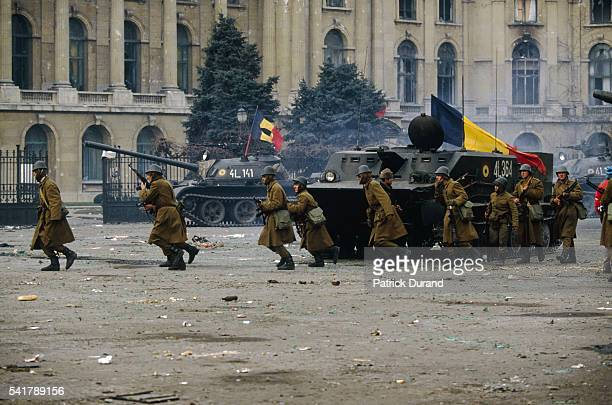 Soldiers and tanks on the streets of Bucharest As demonstrations spread to Bucharest troops side with demonstrators while Ceausescu and his wife flee...