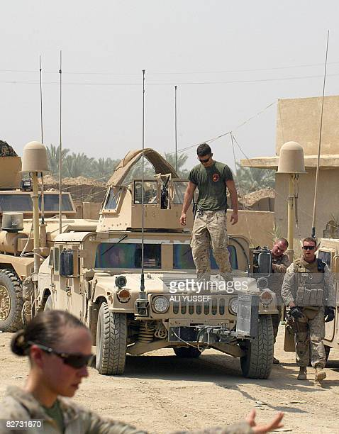 US soldiers are seen at their joint USIraqi military base at camp Abara close to the northeastern restive town of Baquba 60 kilometers form Baghdad...