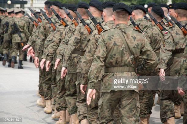soldiers during the drill on the square - bundeswehr stock-fotos und bilder