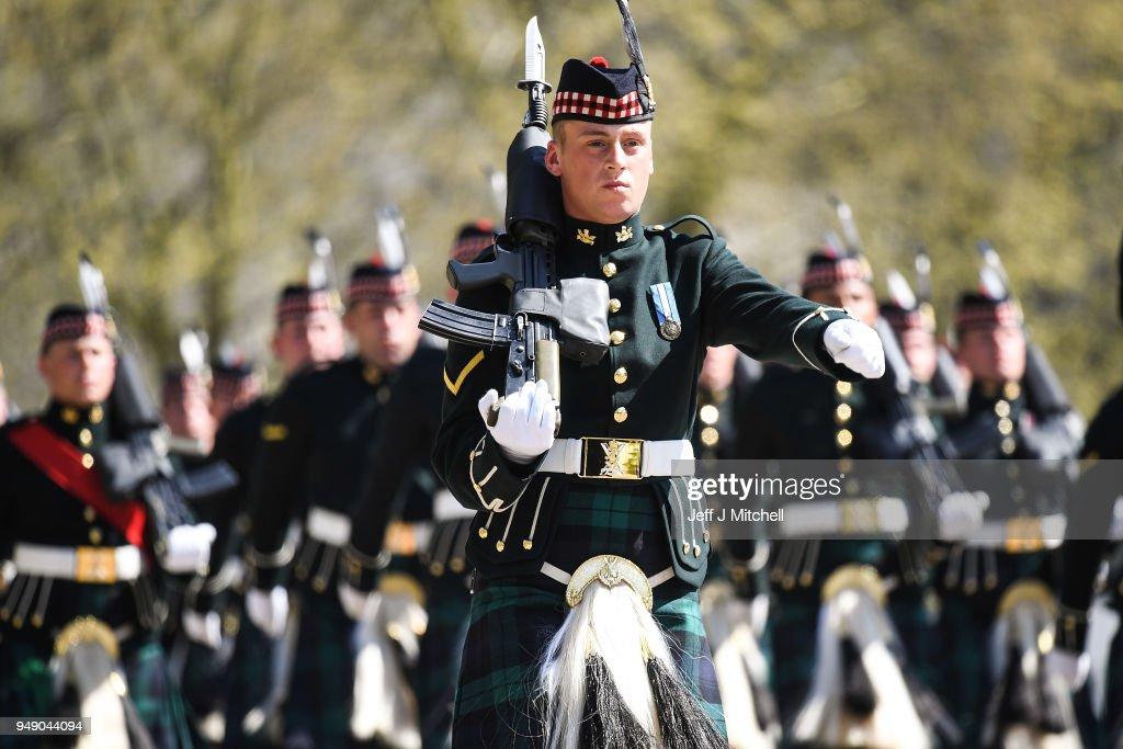 Royal Scottish Regiment Pass Muster For London Duties