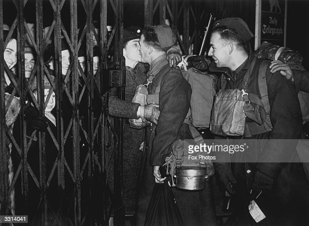 Soldiers from the British Expeditionary Force returning to France after leave