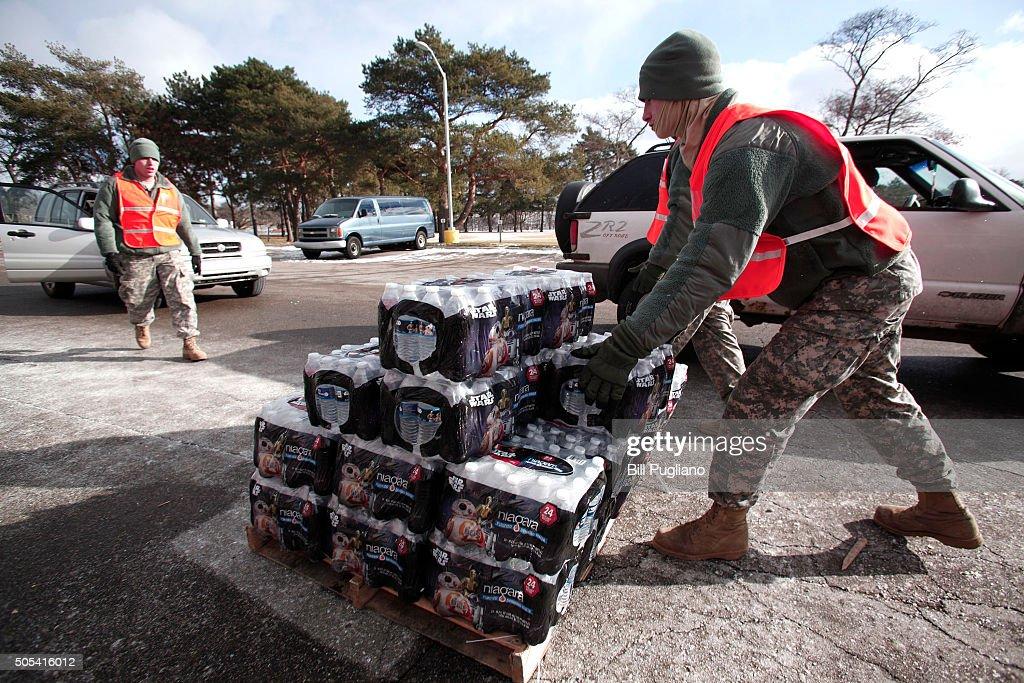 Jesse Jackson Leads Rally Protesting Flint Water Crisis : News Photo