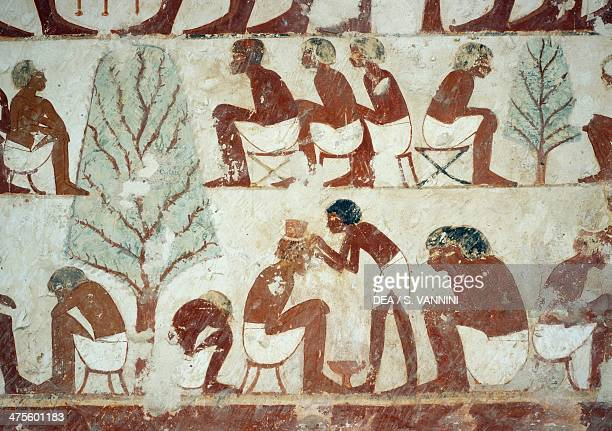 Soldiers having their hair cut detail from the frescoes in the Tomb of Userhat Sheikh Abd el Qurnah Necropolis Luxor Thebes Egypt Egyptian...