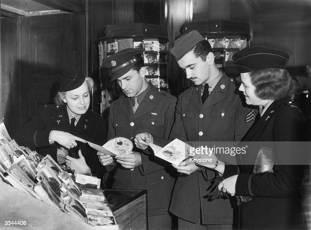 US soldiers in Britain choose Valentine's cards for their sweethearts back home during World War II 11th February 1943