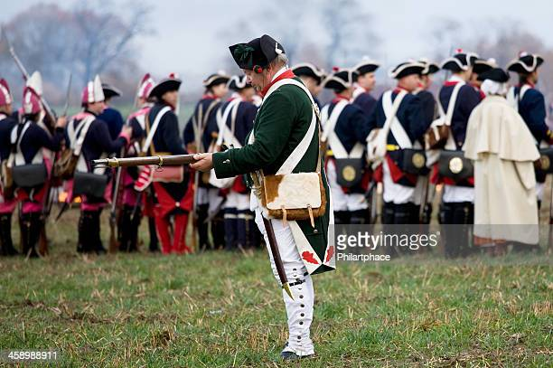 soldiers in historic regimentals - imperialism stock pictures, royalty-free photos & images