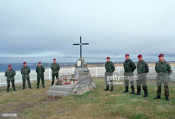 Soldiers of 2nd Battalion Parachute Regiment at 2 Para Memorial at Goose Green Falkland Islands