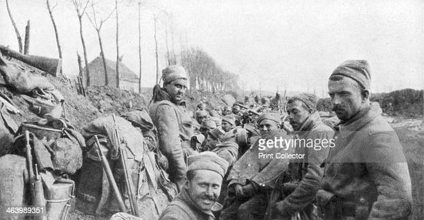 Soldiers of a French Zouave regiment between Lizarne and Boesinghe Belgium 24 April 1915 The Zouaves were troops from France's colonies of Algeria...