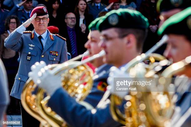 Soldiers of the Bundeswehr march past new Bundeswehr Chief of Staff Eberhard Zorn during a ceremony at the Defense Ministry on April 19 2018 in...