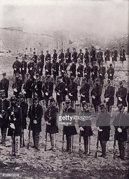 Soldiers of the Oglethorpe Infantry Company D 1st Georgia Infantry Regiment pose during the American Civil War | Location Confederate States of...