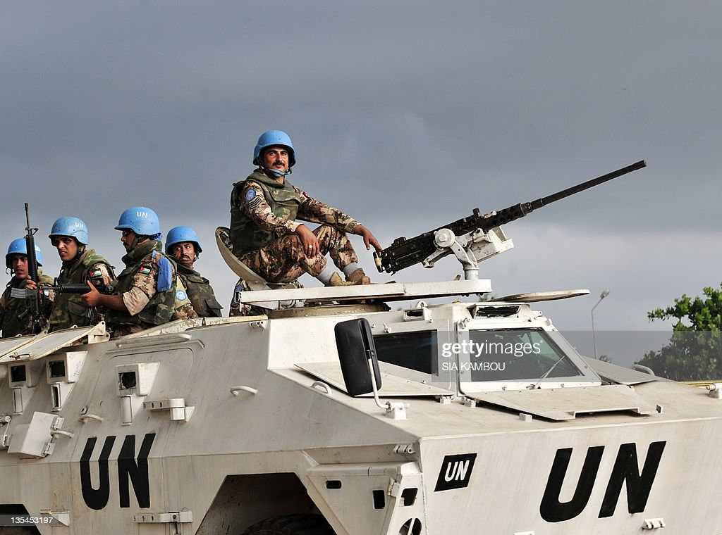 UN soldiers of the peacekeeping operatio : News Photo