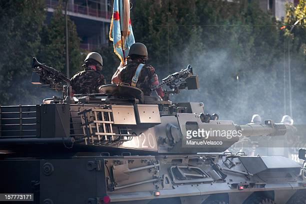 soldiers on a tank - spanish military stock pictures, royalty-free photos & images