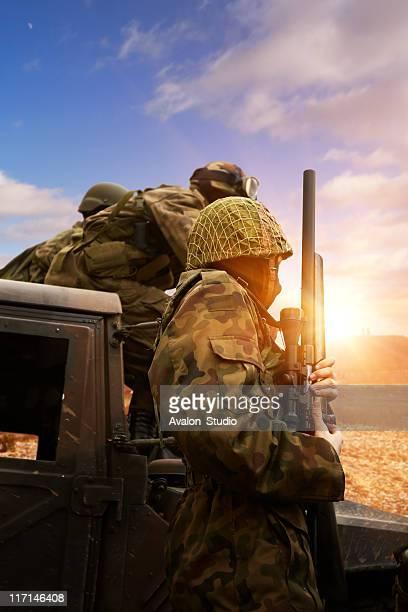 soldiers on patrol - afghanistan war stockfoto's en -beelden