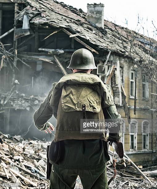 soldiers - d day stock pictures, royalty-free photos & images