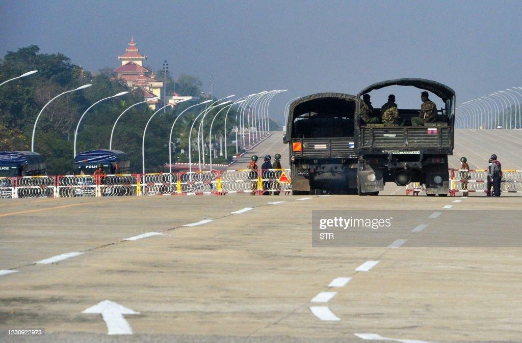 TOPSHOT-MYANMAR-POLITICS : News Photo