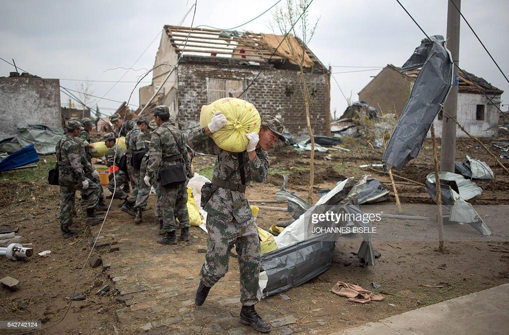 CHINA-WEATHER-DISASTER : News Photo