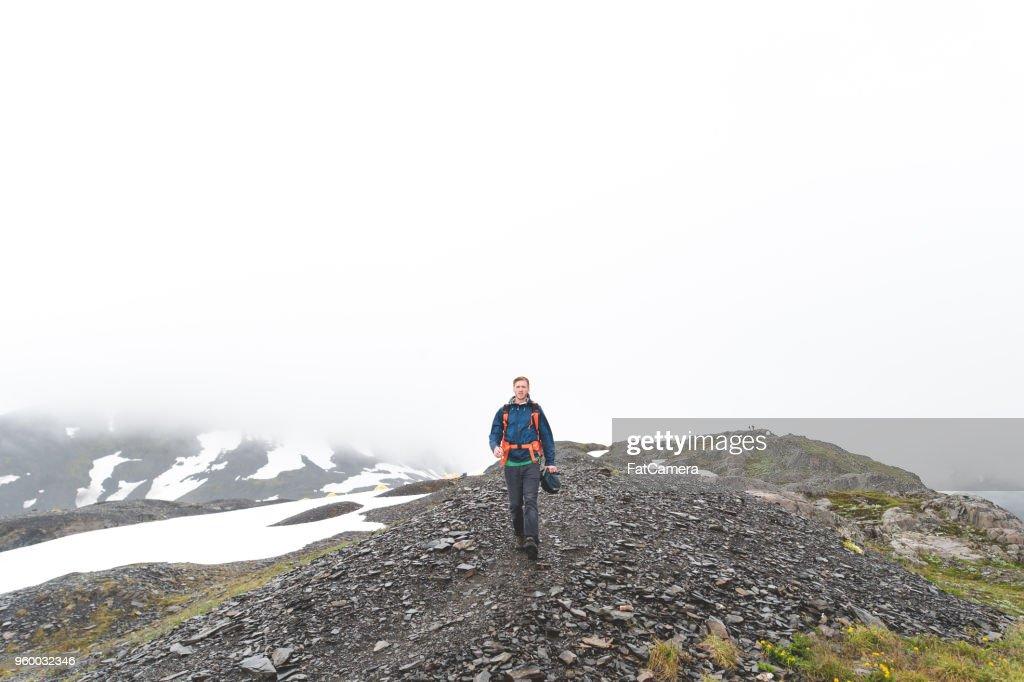 Ausschließlich männlich Wanderungen auf dem Gletscher : Stock-Foto