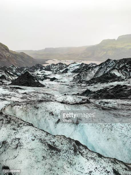 solheimajökull glacier walk vi, southern iceland - vsojoy stock pictures, royalty-free photos & images
