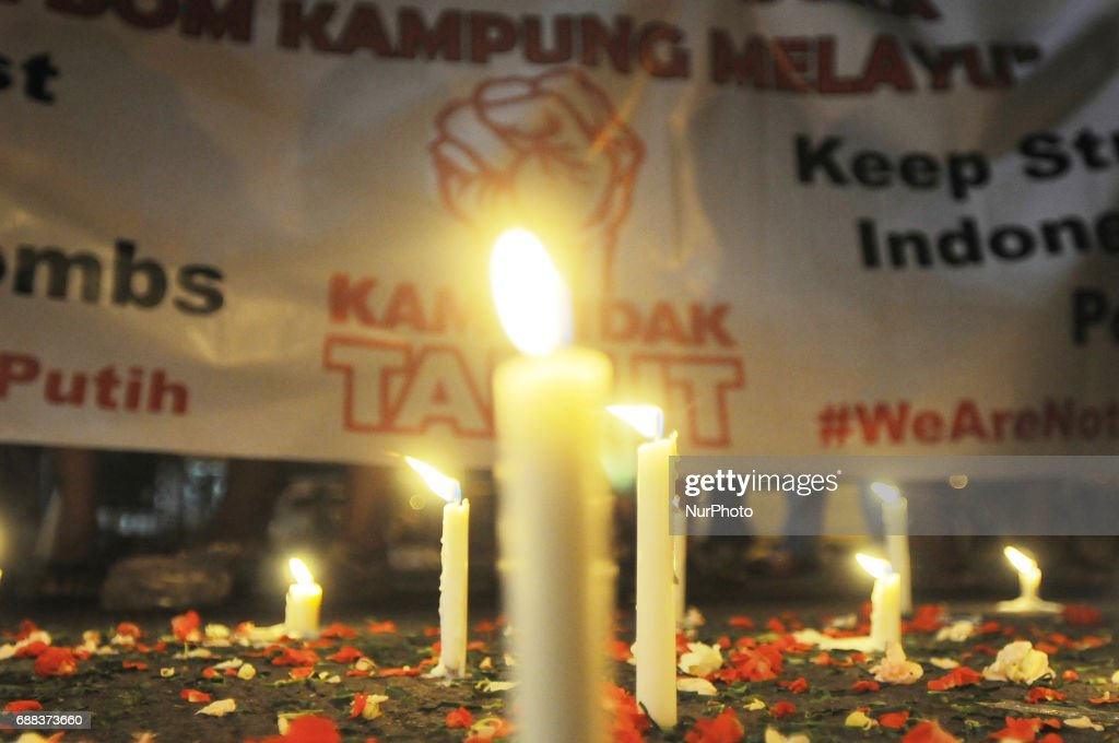 Tribute in Blasting Area Kampung Melayu in Jakarta : News Photo