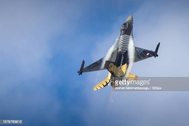 Solo Turk F16