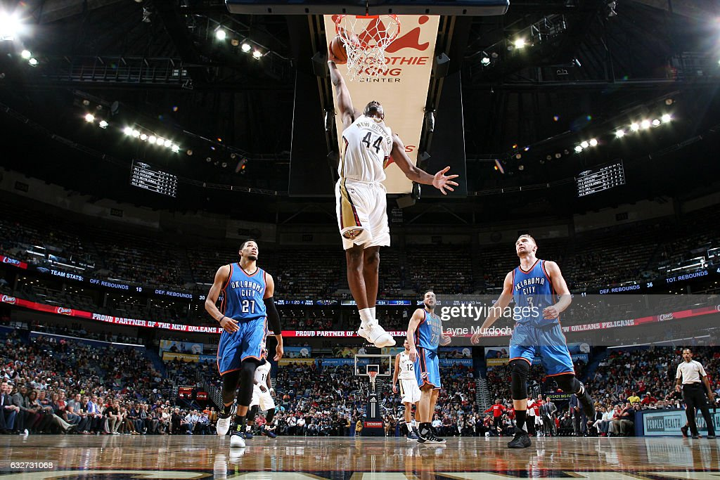 Solomon Hill #44 of the New Orleans Pelicans goes for the dunk during the game against the Oklahoma City Thunder on January 25, 2017 at the Smoothie King Center in New Orleans, Louisiana.