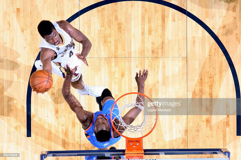 Solomon Hill #44 of the New Orleans Pelicans goes for the lay up during the game against the Oklahoma City Thunder on January 25, 2017 at the Smoothie King Center in New Orleans, Louisiana.