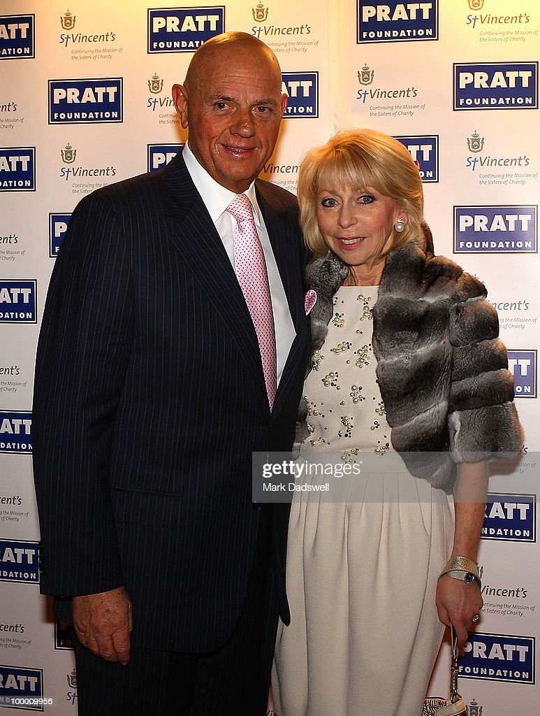 Solomon Lew and his wife Rosie arrive at the Pratt Foundation's 'An Intimate Evening with Sir Bob Geldof' in support of St Vincent's Cancer Center on May 20, 2010 in Melbourne, Australia.