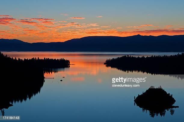 solstice sunrise, emerald bay, lake tahoe, ca - emerald bay lake tahoe stock pictures, royalty-free photos & images