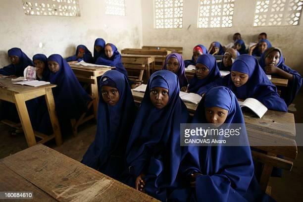 Pax Islamica In Mogadishu Depuis le 5 juin les Tribunaux islamiques sont les maîtres de Mogadiscio et de presque tout le pays entraînant...
