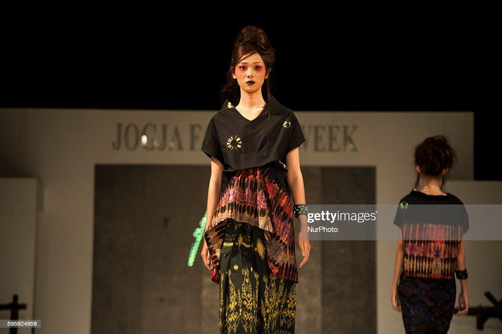 Some Batik Fashion Model Walking On The Catwalk In Jogja Fashion