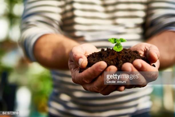 Manche nennen es Gartenarbeit, er nennt es zurück geben