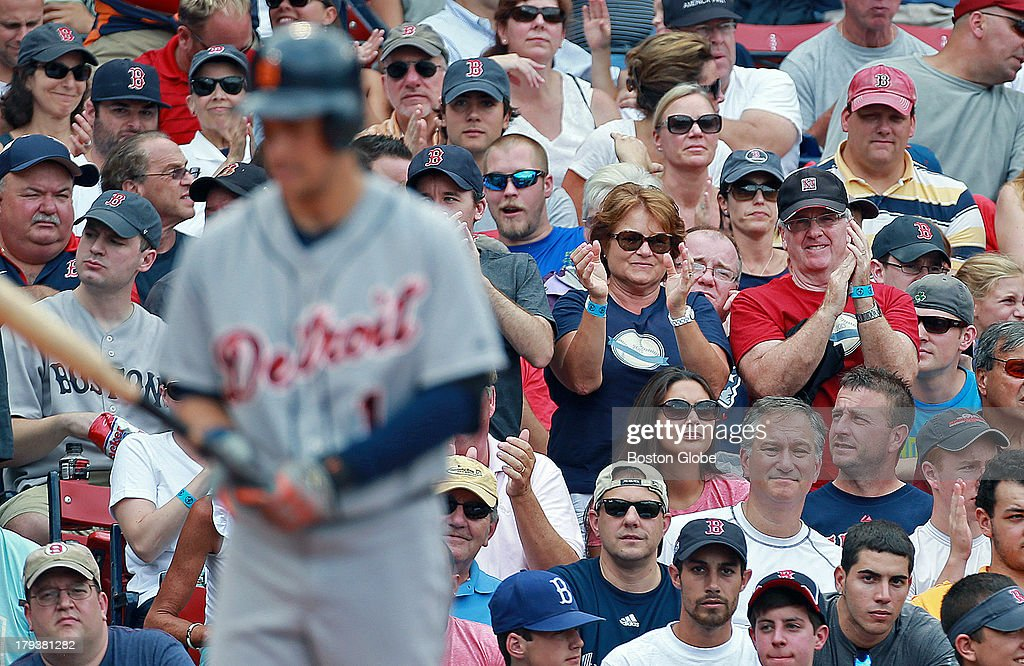 Detroit Tigers Vs. Boston Red Sox At Fenway Park : News Photo
