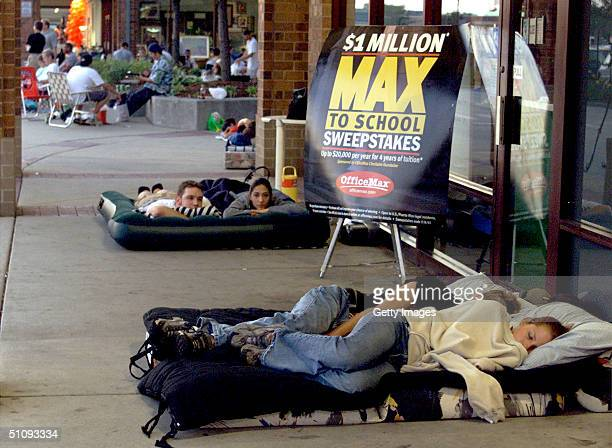Some Of About 150 Students Camp Out In Front Of An Office Max Store To Vie For An Instant Sweepstakes Prize Of Up To $20000 Towards A Year Of School...