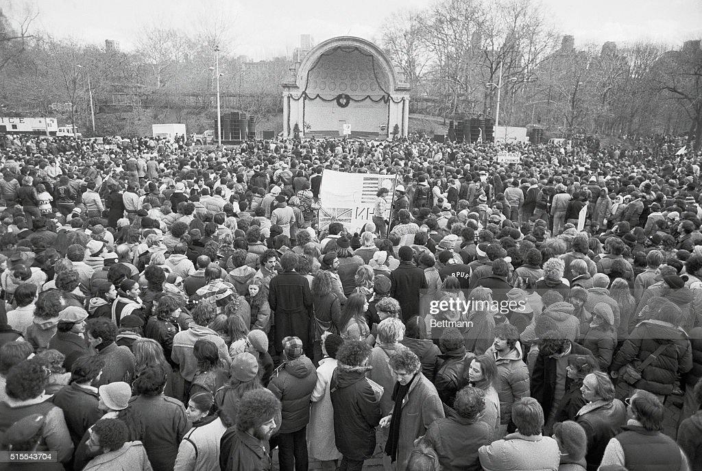 Mourners Holding Vigil for John Lennon : News Photo