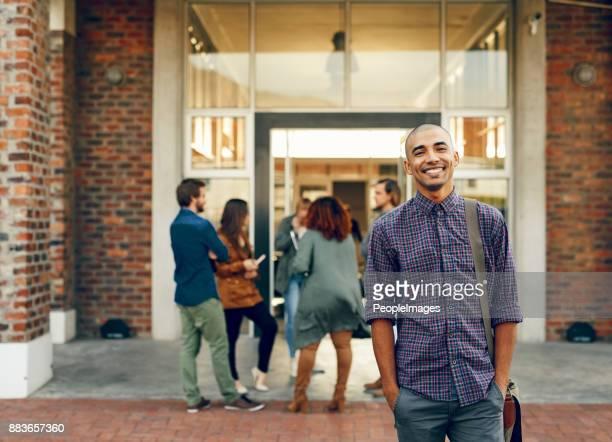 sommige van de gelukkigste dagen worden besteed aan het college - dag 1 stockfoto's en -beelden