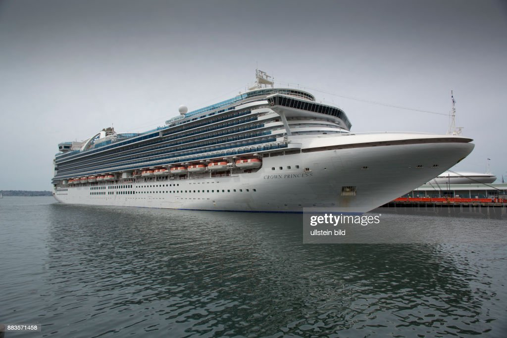 Norovirus On Crown Princess Pictures Getty Images - How many crew members on a cruise ship